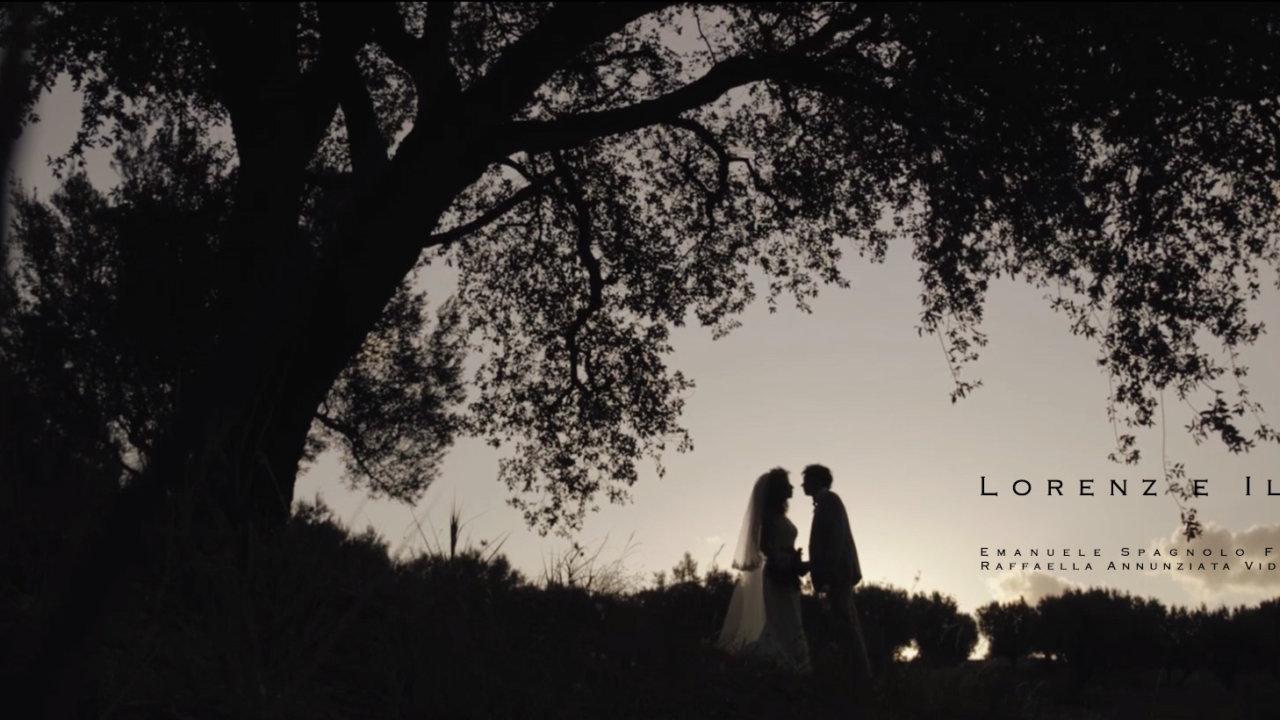 Lorenz e Ilaria: Lorenz, un giovane tedesco innamorato di un'italiana. Ilaria, una giovane italiana innamorata di un tedesco... decidono di sposarsi in Italia... Splendidi, eleganti e vulcanici!